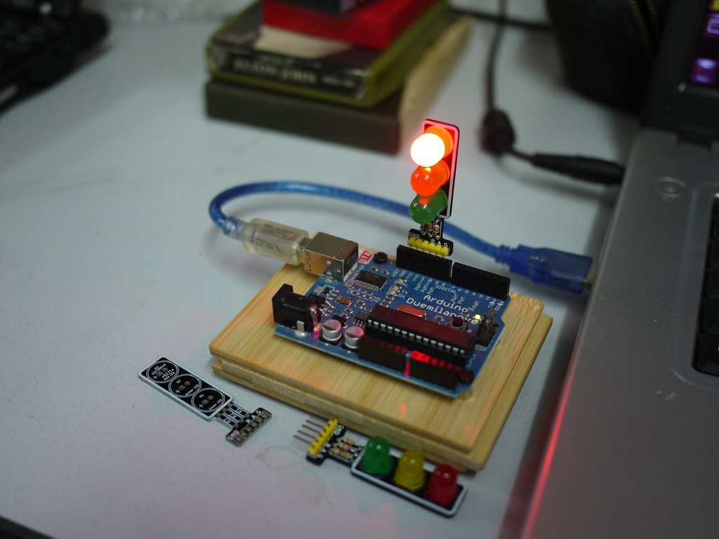 Bristol Hackspace Arduino With Led Traffic Light Pcb Flickr Circuit By Anachrocomputer