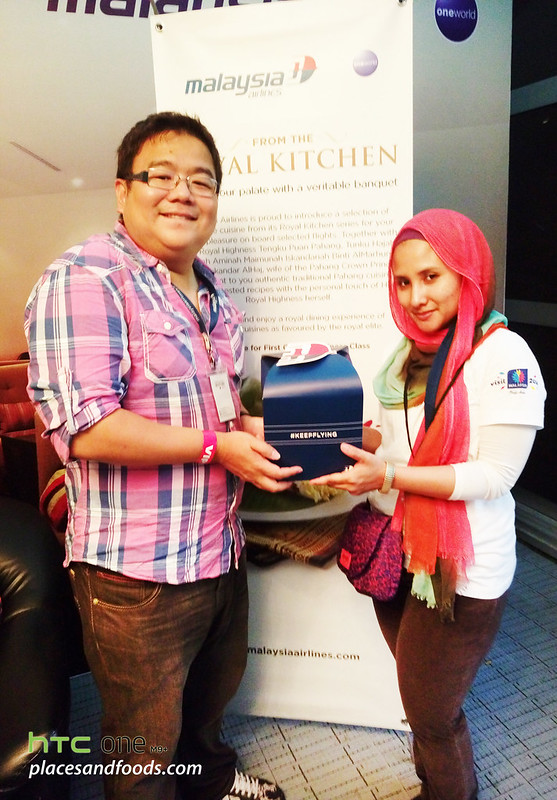 kl big kitchen malaysia airlines gift