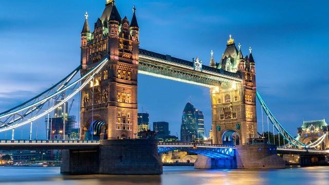 63730-640x360-tower-bridge-cam-640