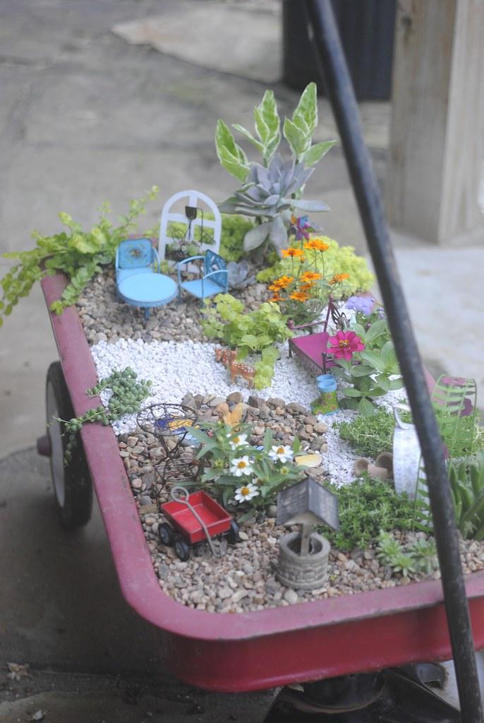 Fairy Garden Red Wagon