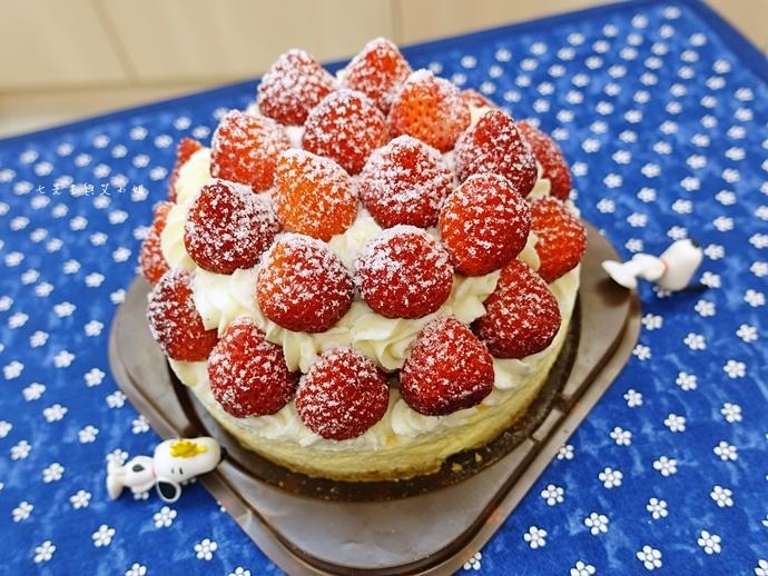 5 士林宣原烘焙蛋糕專賣店 雙層草莓蛋糕 草莓卡士達起士蛋糕