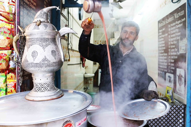 City Food - Kashmiri 'Noon' Chai, Around Jama Masjid