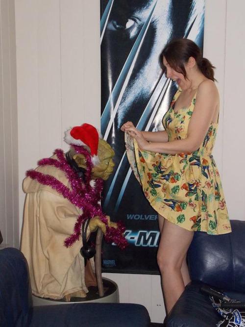 imagen graciosa de chica con Yoda
