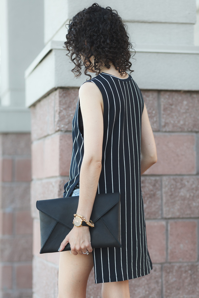 linea-pelle-leather-envelope-clutch