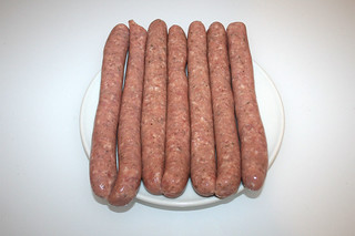 01 - Zutat Bratwurst / Ingredient bratwurst raw fried sausages