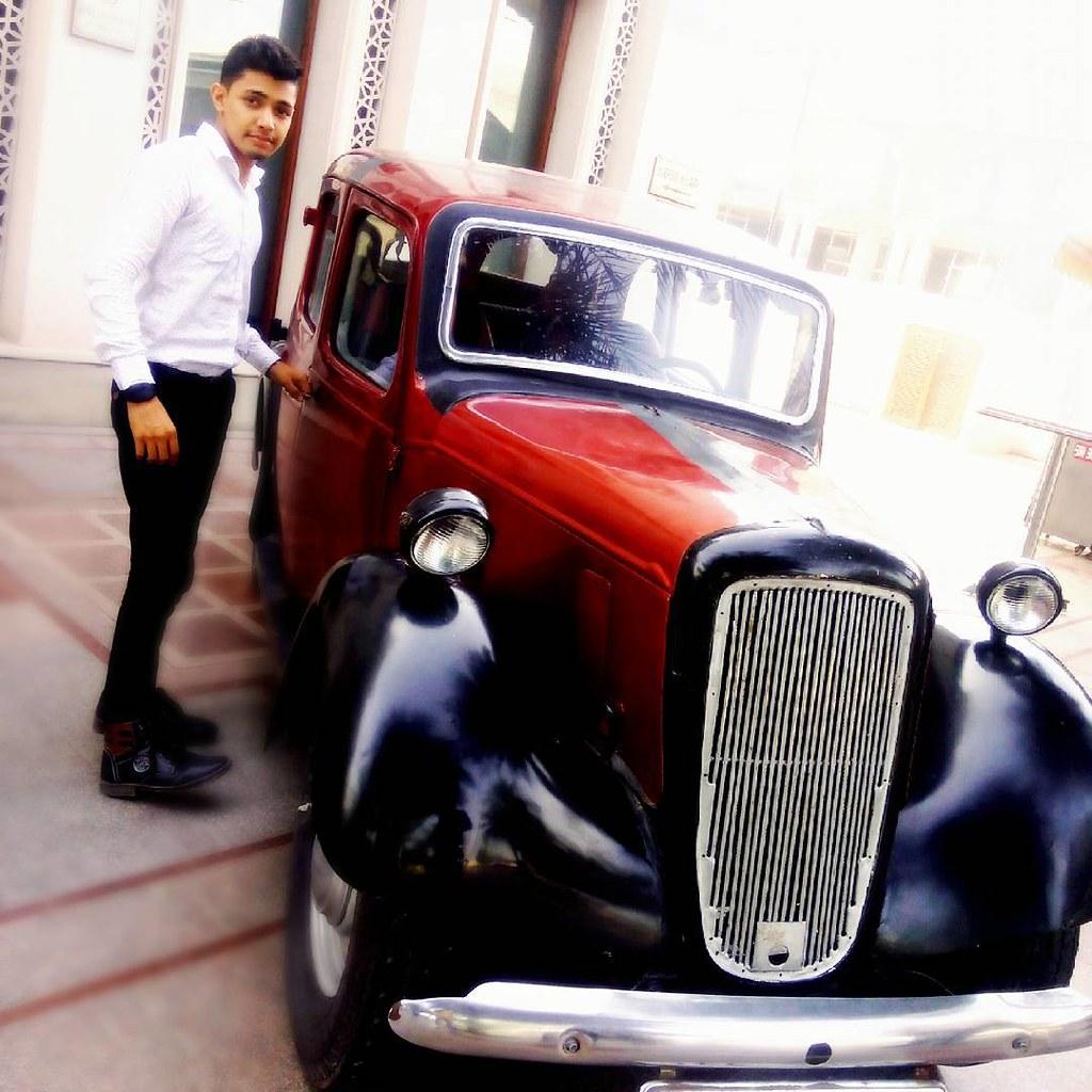 I have #eclectic #taste, and I #love #vintage #style #car … | Flickr