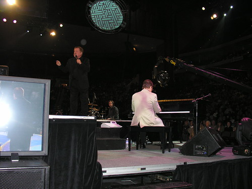 Larry Ford @ Gaither Concert | Great tenor at the ...