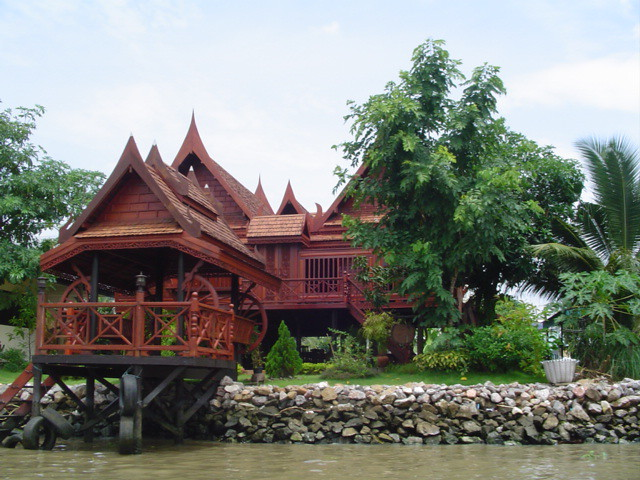 Thai house beautiful traditional thai style house on a for Thai style home designs