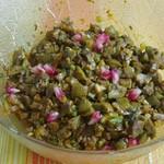 Oliven-Zwiebel-Salat