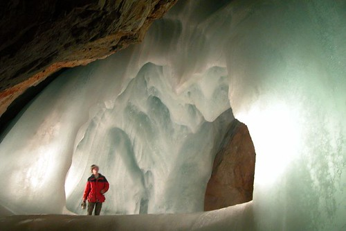 how to get to the ice caves in new brunswick