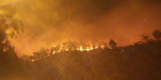 fire on the mountain aussie bushfire season has begun pedro fp flickr. Black Bedroom Furniture Sets. Home Design Ideas