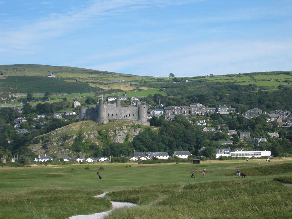 The town of Harlech with Harlech Castle
