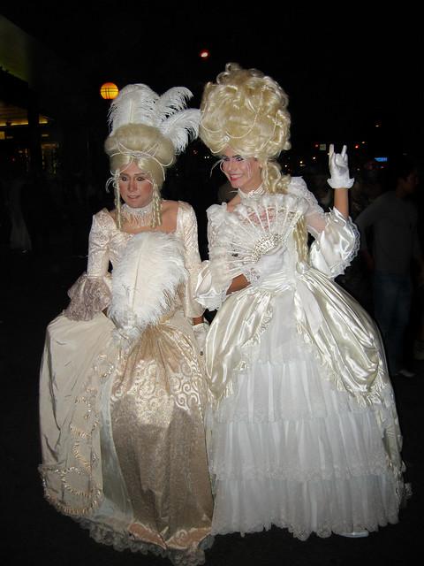 The Victorian English Gentlemens Club La Mer - Stupid As Wood