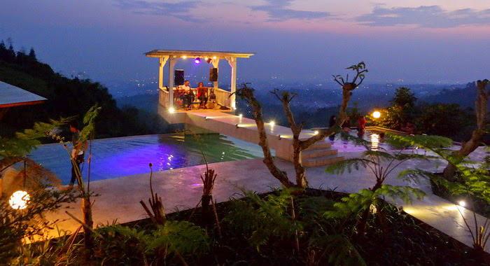 4 Dulang Resort _ Cafe2 via cumilebay