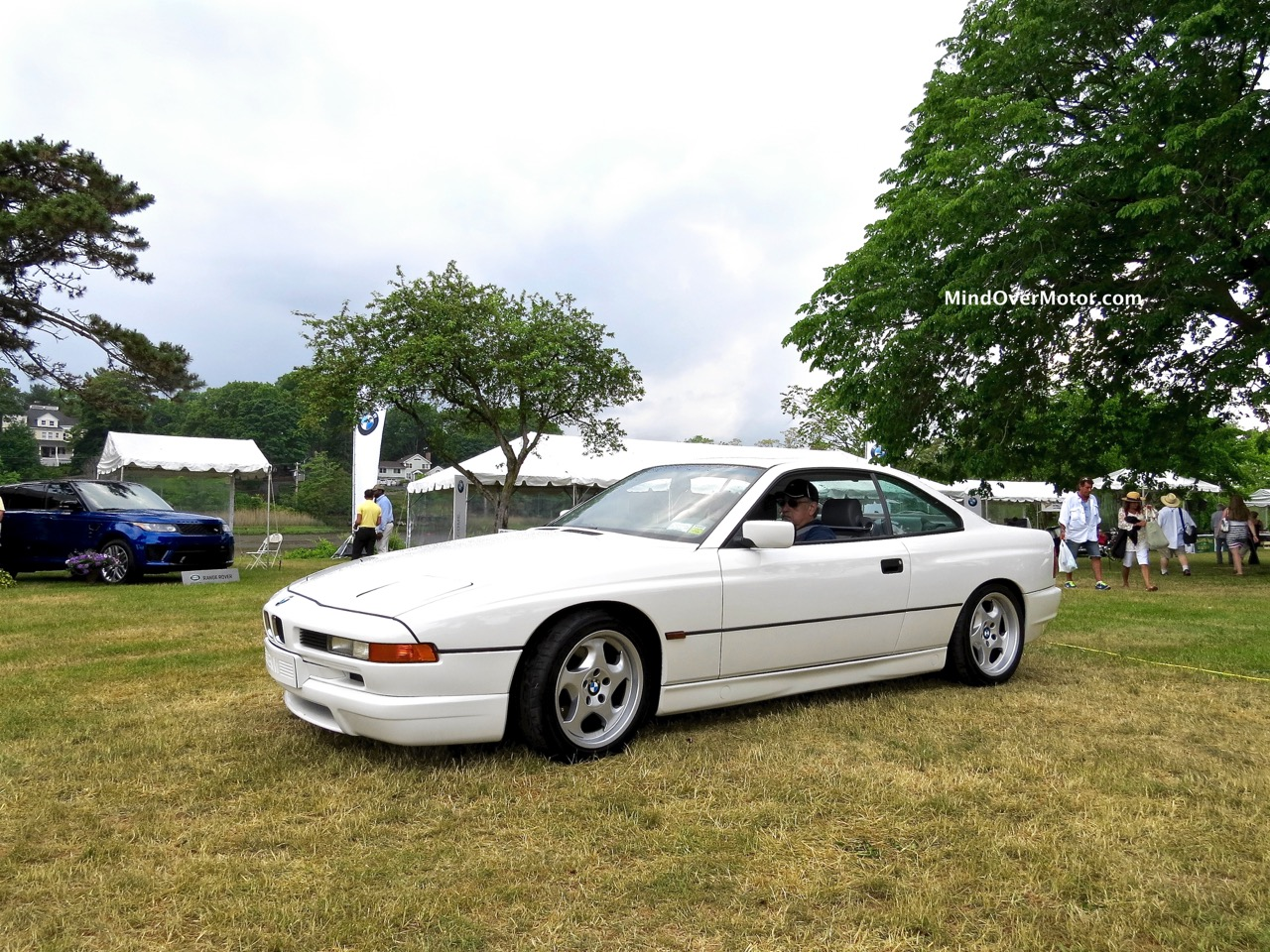 BMW 850CSi Headlights Down Front