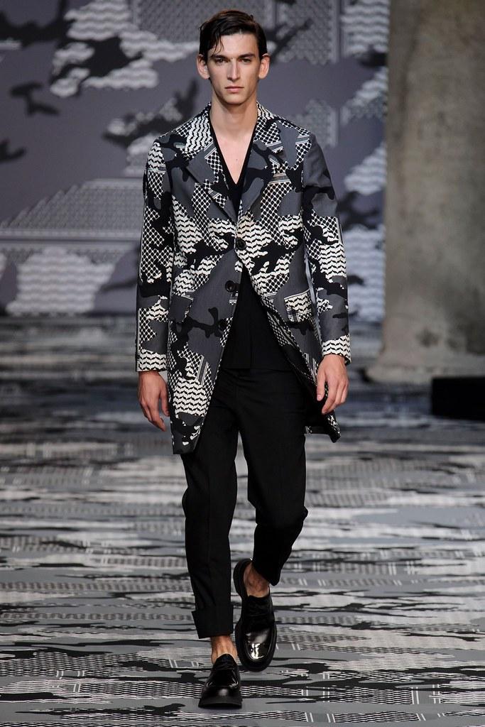 SS16 Milan Neil Barrett001_Thibaud Charon(fashionising.com)