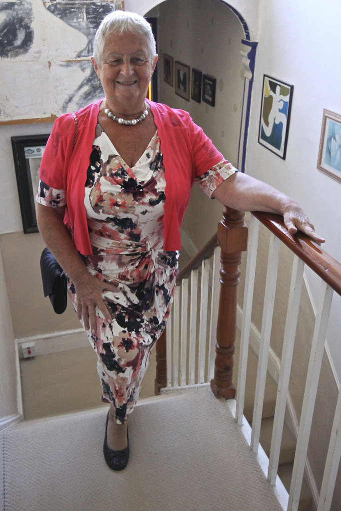 Frocks On The Stairs 711  Ready To Go Out  John D -6969