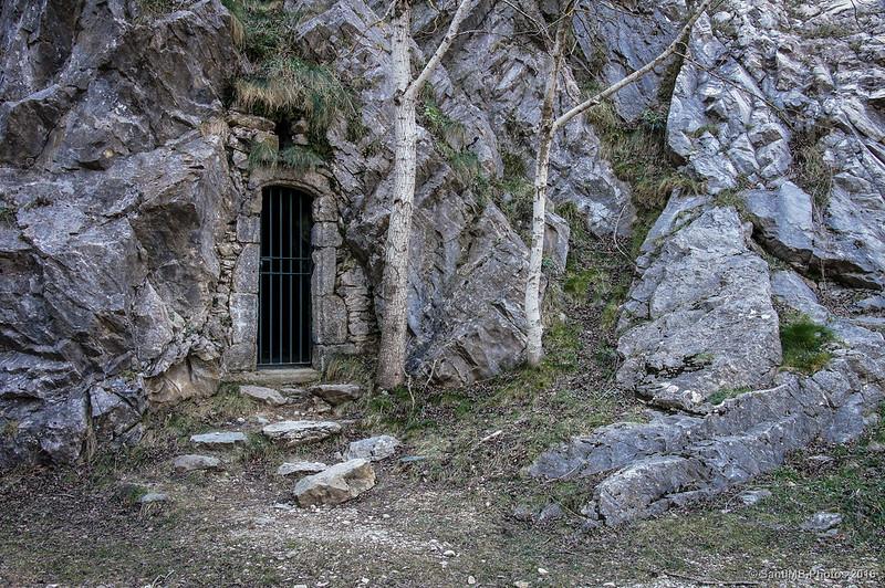 La Cova de les Salines