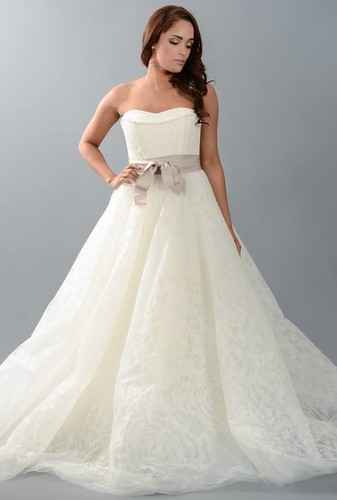 Vow renewal dresses plus size via gown ideas blog for Wedding vow renewal dresses plus size