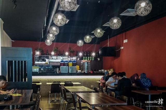 Ambeng Cafe by Ummi Abdullah