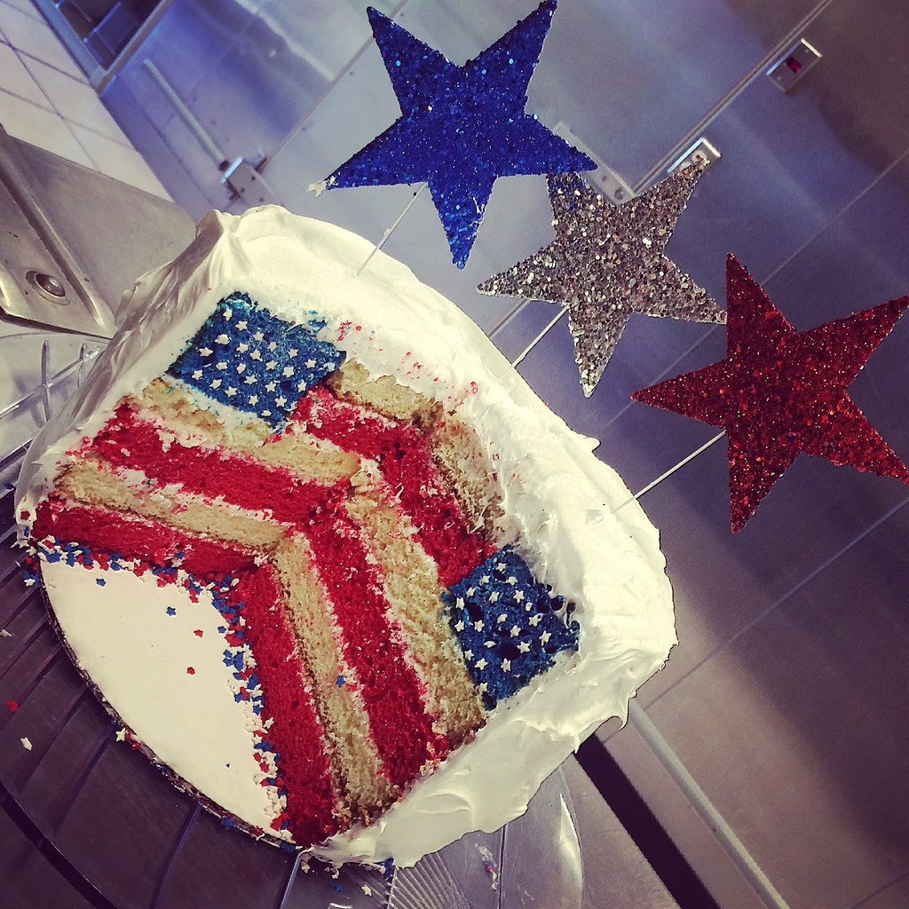 Americas Birthday Cake Cake With An American Flag Inside Flickr