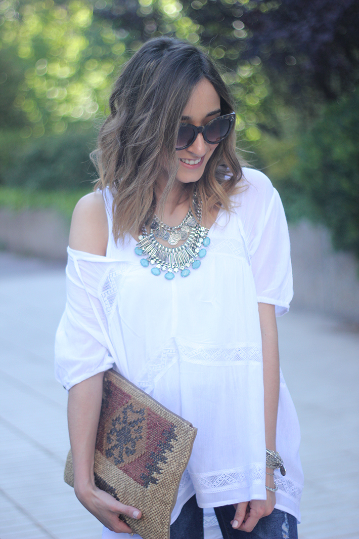 White Blouse Denim Jeans Outfits Summer Wedges Sheinside 07