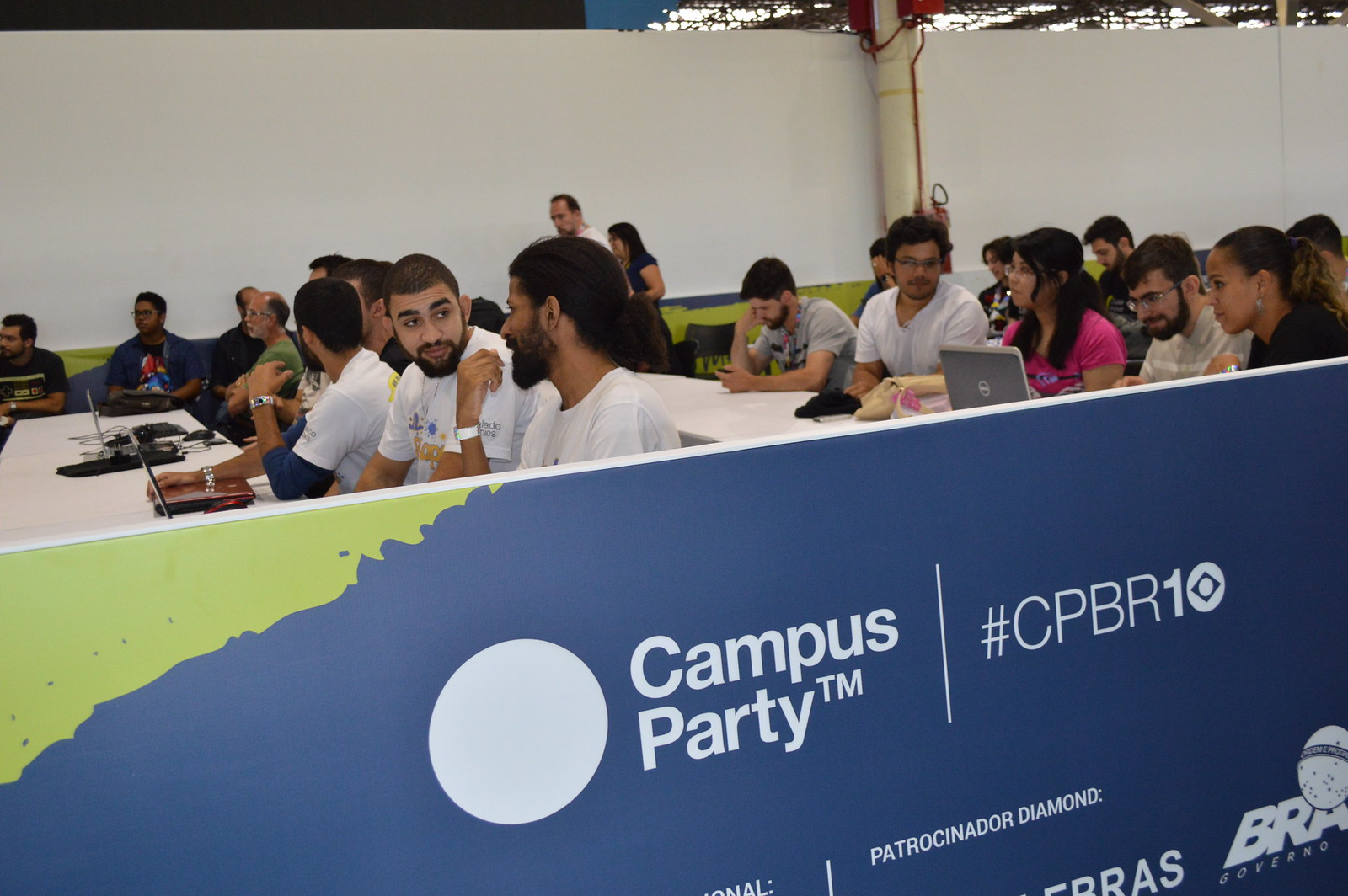Alunos durante workshop do CPS na Campus Party 2017