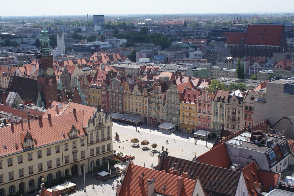 Vue panoramique sur la Vieille Ville de Wroclaw depuis l'église de Sainte Elisabeth.