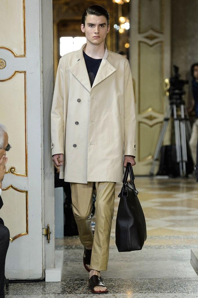 SS16 Milan Corneliani027_Elvis Jarrs(fashionising.com)