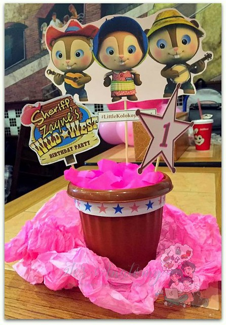 sheriff callie's wild west table centerpiece