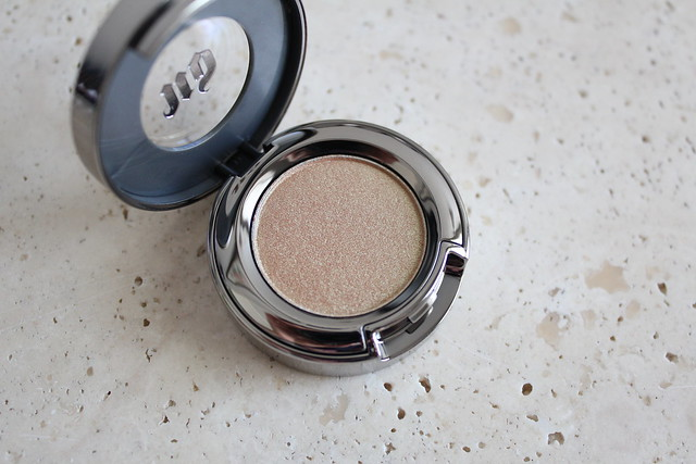 Urban Decay Eyeshadow sideline review