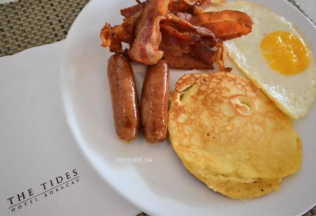 tides hotel boracay breakfast
