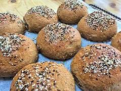 Seeded dinner rolls
