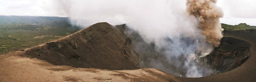 Mt Yasur crater - Tanna Island | by pacoalfonso