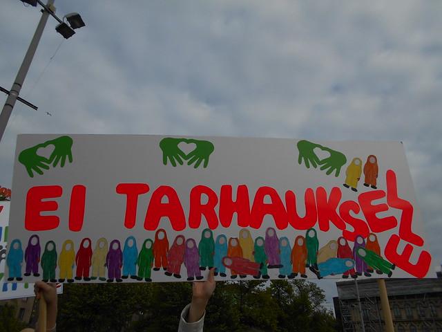 Mielenosoitus varhaiskasvatuksen leikkauspolitiikkaa vastaan keskiviikkona 10.6.2015 Helsingissä - 8
