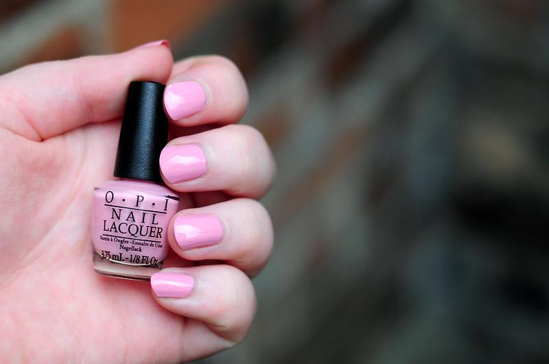 notd-opi-pink-friday-nail-polish-rottenotter-rotten-otter-blog