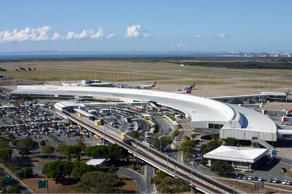 Brisbane_Airport_domestic_terminal_Vabre