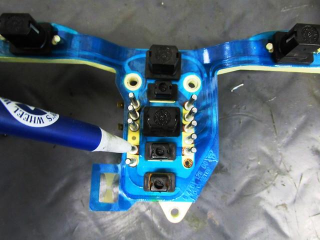 Neutral Bulb Pins on Printed Circuit