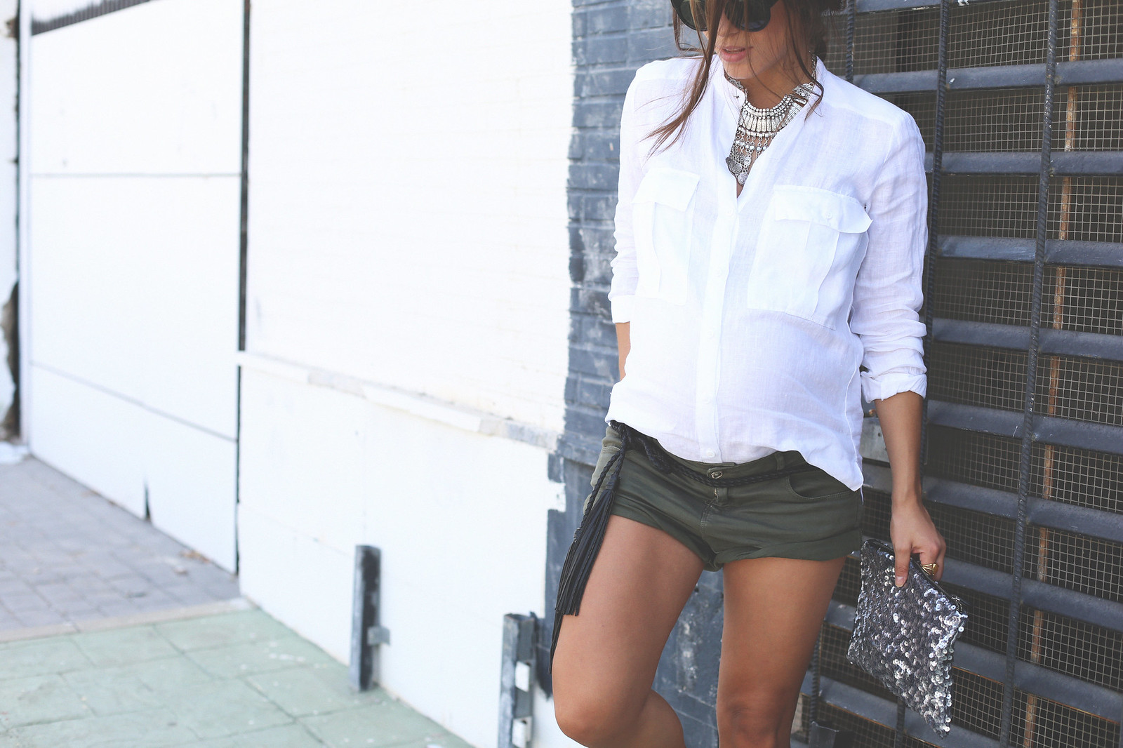 4. white linen shirt khaki shorts wedges shoes - jessie chanes - pregnancy