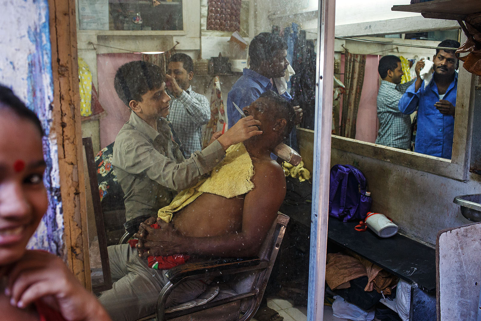At the barber's - Mumbai, India