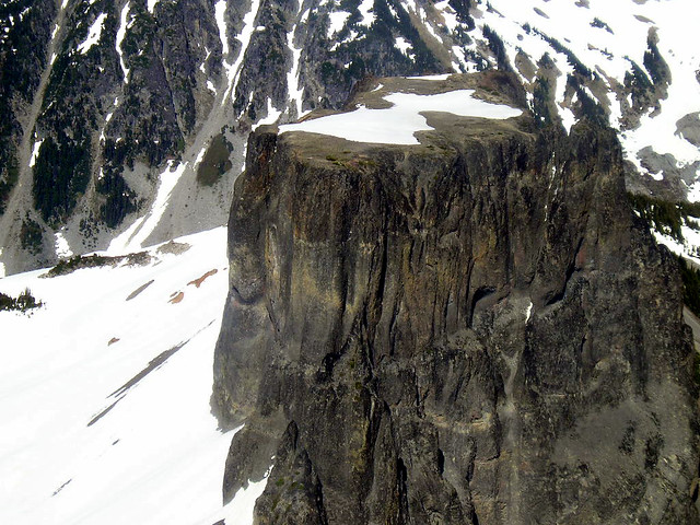 Flat mountain top | chadisalem | Flickr