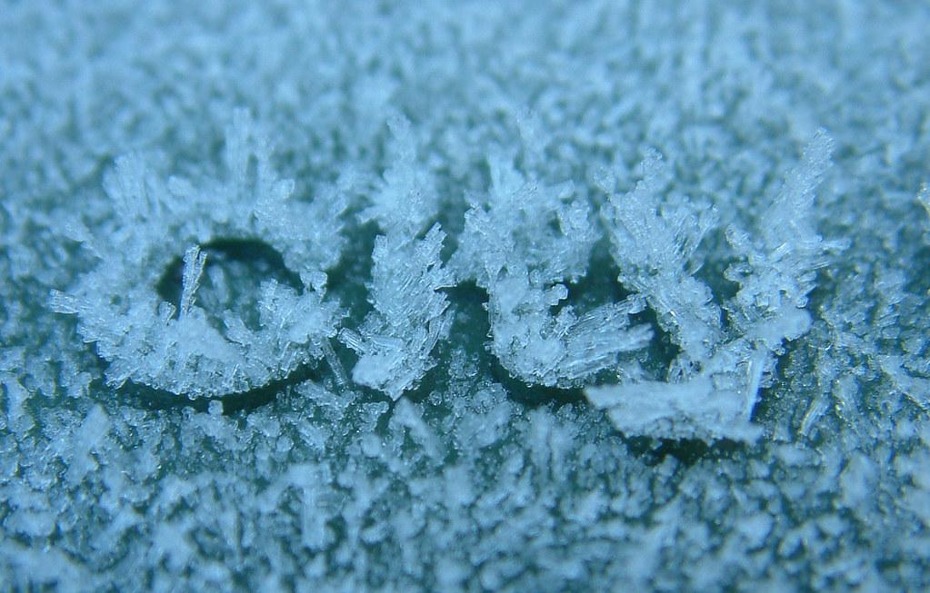 Frozen Lettering Free