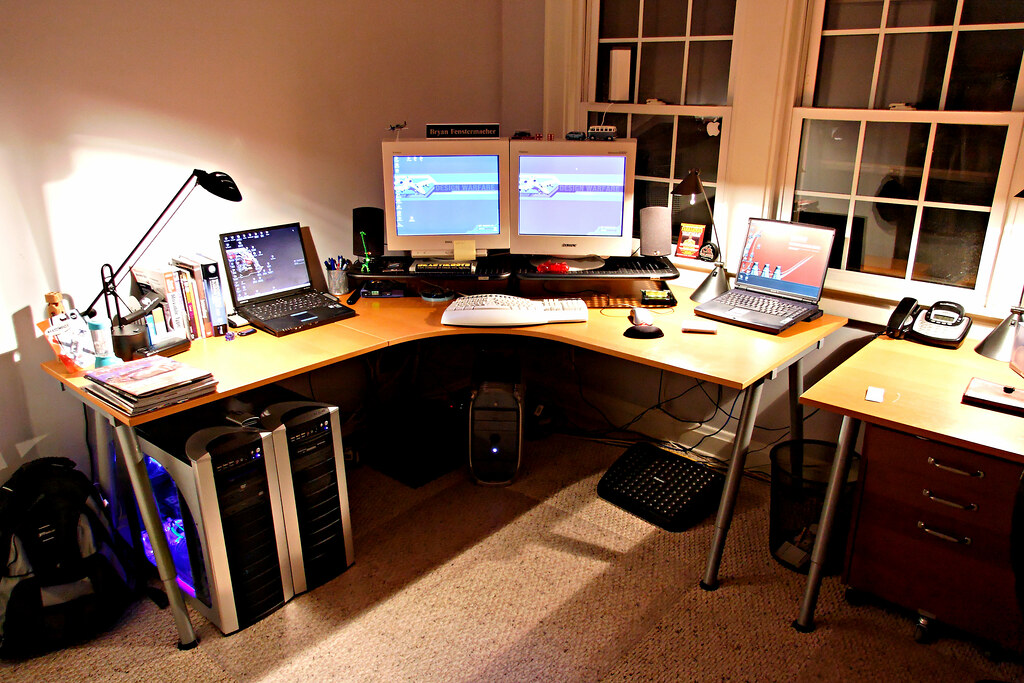 ... Home Office   My Desk   Old 2005 | By Fensterbme