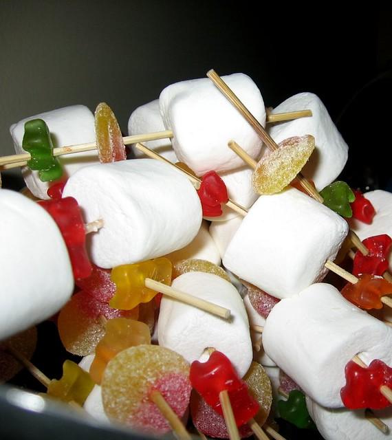 brochette brochette de bonbons d 39 orely pour l 39 anniversaire flickr. Black Bedroom Furniture Sets. Home Design Ideas