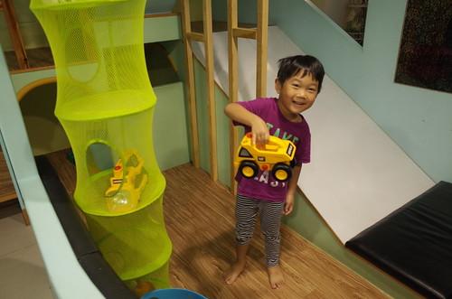 台南小旅行(上) - 迪利小屋有溜滑梯好好玩