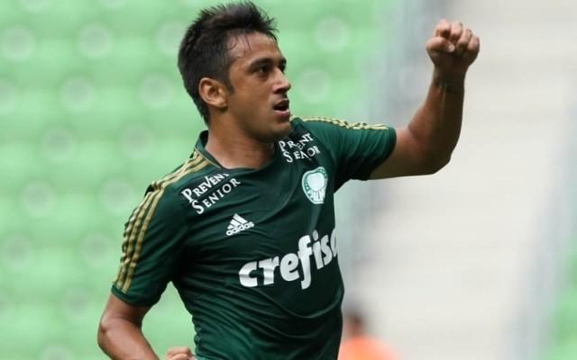 Robinho projeta bom preparo do time visando a estreia na Libertadores