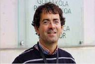 Nestor Arana