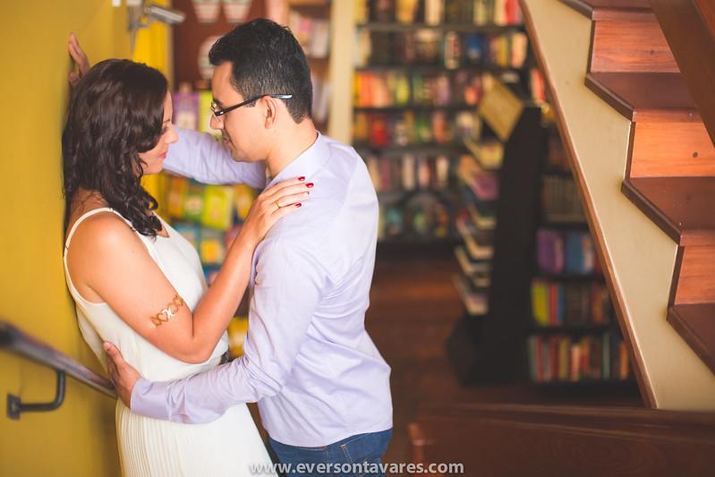 Patricia-e-Marcos-pré-wedding-livraria-por-Everson-Tavares-9611