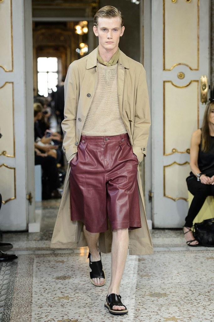 SS16 Milan Corneliani033_Malcolm De Ruiter(fashionising.com)