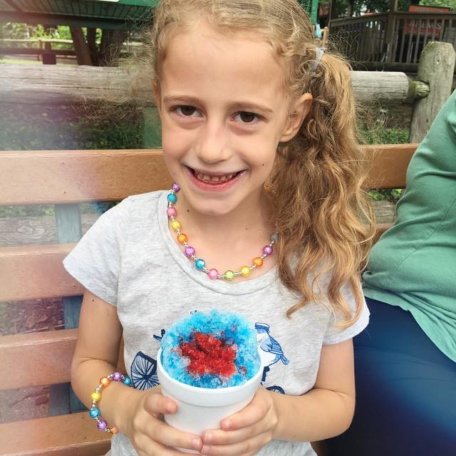 This is going to be messy... ❤️💙🍒👧 #grantsfarm #summerfun #snocones